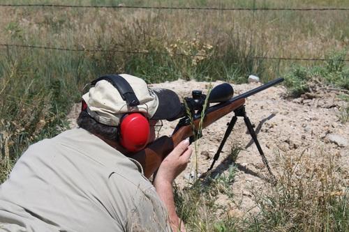 bipod rifle shooting prairie dog hunting wyoming