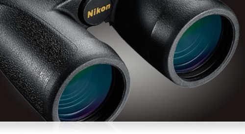 Nikon Monarch Binoculars 8x 42mm 420 ft @ 1000 yds FOV 17.1mm Eye Relief Black 7548