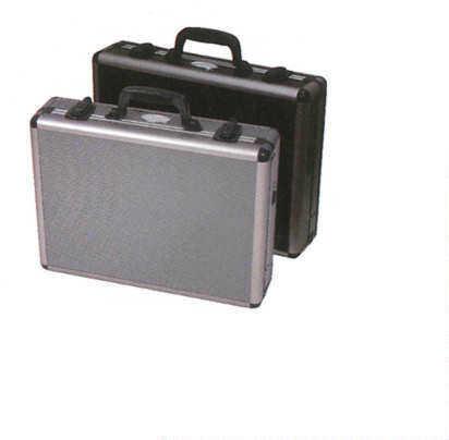 ADG Sports Aluma-framed 4 Pstl Case 17.5x13x4in Black 31066B